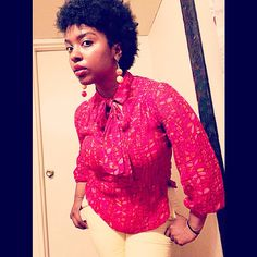 Vivacious vintage. Thrift store finds are so delicious.  #ootd #style #fashion #red #yellow #baubles #bold #color #teamnatural #type4naturals #4chairchicks #kinkychicks #berrycurly #myhaircrush #naturallyshesdope #naturalhairdoescare #curlswithlove #mycloset #blogger