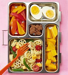 Fed up with ham sandwiches day after day? Your kid's lunch will never be boring if you mix and match these 50 ideas to create fun and healthy bento-box combos for school.