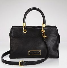 I basically have the high street rip off version of this Marc by Marc Jacobs bag.