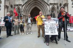 Disabled activists held vigil outside Royal Court of Justice for the Judicial Review   PETITION: https://t.co/ez1CKPfna9 with John McDonnell MP   Work Capability Assessment, previously found by the court to discriminate against Mental Health claimants.   More info: http://t.co/fMhcI23cBF On FACEBOOK: https://t.co/POgfAA71DM