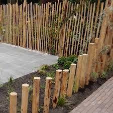 Wood Path, Coastal Gardens, Farmhouse Garden, Landscape Architecture Design, Garden Edging, Landscaping Plants, Garden Spaces, Back Gardens, Outdoor Projects