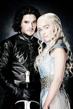 Stormborn and Snow Hallowen Costume, Halloween Kostüm, Couple Halloween Costumes, Costumes Game Of Thrones, Game Of Thrones Halloween, Jon Snow Et Daenerys, Game Of Throne Daenerys, Kit Harington, Khaleesi