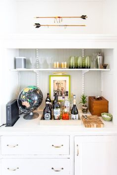 Setting Up a Glamorous Home Bar: Ideas from Real Life Homes