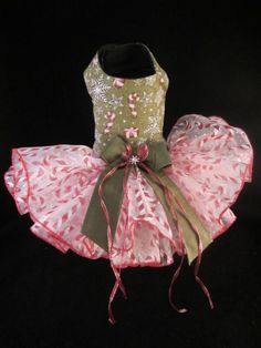 NEW Dog Dress_ Couture Candy Cane n Snow Flakes Dog Dress XS  _ Christmas Dress