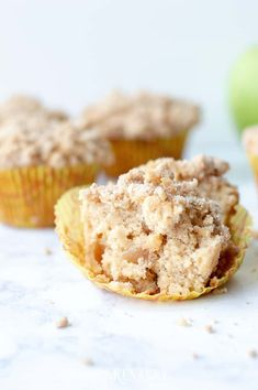 Love cinnamon and apples? Make these delicious apple coffee cake muffins with a crumb topping when you need an easy recipe idea for a breakfast or dessert that tastes like fall. Muffin Recipes, Brunch Recipes, Easy Recipes, Easy Meals, Apple Coffee Cakes, Coffee Cake Muffins, Pinterest Food, Pinterest Recipes, Yummy Treats