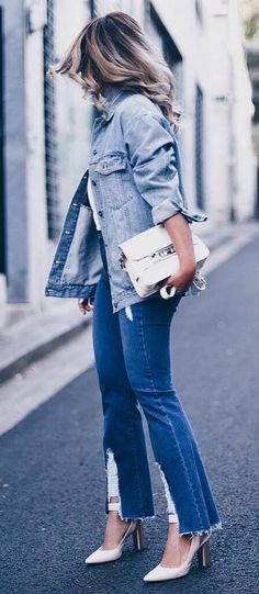 double denim outfit/ jacket + jeans + white bag + heels