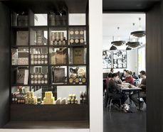 Le Figaro - Le Bal : Restaurant Ambiance sur 75018 Paris
