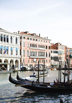 thelovelydrawer trip to #venice