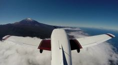 Teide view from a light aircraft / Vistas del Teide desde una avioneta