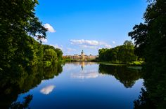 BERLIN, Schloss Charlottenburg von der roten Brücke im Landschaftspark aus fotografiert - heißgeliebter Wohlfühlort :-)