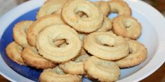 En sand juleklassiker: Sprøde vaniljekranse med ægte vanilje.