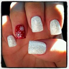 Love this but opposite colours all red with silver snowflakes on ring finger