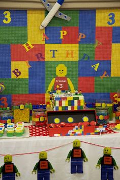 OMG GUYS! ITS A LEGO PARTY! lol this just makes me laugh so dang hard! nothing beats Brandon's birthday parties!