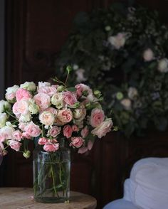 Have to love moody evening light & the bit of glow from the sunset on flowers. #gardenroses #love #blush #roses #garden #vintage #moody #cottage #home #mood #photography #evening #light #livingroom #petals