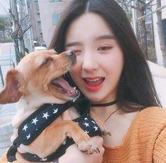 heejin is honestly one of the prettiest girls in the world South Korean Girls, Korean Girl Groups, Teaser, Cute Girls, Cool Girl, Fandom, Olivia Hye, Sooyoung, Ulzzang Girl