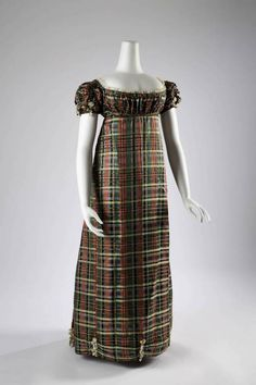 Plaid silk dress, English or Scottish Fashion Institute of Technology 1800s Fashion, 19th Century Fashion, Vintage Fashion, Tartan Dress, Silk Dress, Silk Skirt, Jane Austen, Scottish Dress, Regency Dress