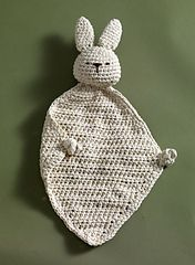 Ravelry: Eco Bunny / Earth Bunny Blanket pattern by Lion Brand Yarn