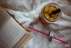 Warm teas are ideal for winter evenings. They will surely make the evening after a cold day more pleasant and the scent of an apple with cinnamon and ginger will remind you of the festive atmosphere.