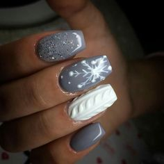 Love these grey colors and the white - Paznokcie żelowe - Nageldesign Winter Nail Designs, Christmas Nail Designs, Winter Nail Art, Nail Art Designs, Holiday Acrylic Nails, Christmas Gel Nails, Holiday Nails, Xmas Nail Art, Trendy Nails
