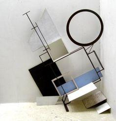 Kjell Varvin - Eclisse, unstable variable Sculpture Art, Sculptures, Lamp Inspiration, Composition Art, Principles Of Design, Constructivism, Retail Space, Window Design, City Art