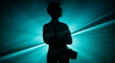 Fotorelacja NOWE FORMY TEATRU - pokaz prac projektu badawczego Wearable Theatre z Saint Pölten University of Applied Sciences w Austrii University Of Applied Sciences, Theater, Sculptures, Dance, Photos, Research Projects, Exploring, To Study, Science