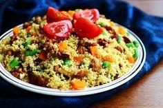 Cuscuz Marroquino delicioso Veggie Recipes, Indian Food Recipes, Soup Recipes, Healthy Recipes, Ethnic Recipes, Salty Foods, Vegan Foods, Diy Food, Couscous