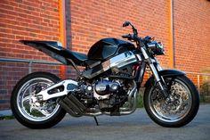 Sweet ride: Custom Streetfighter based on 2004 Honda Fireblade 954