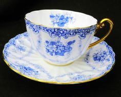 SHELLEY HANGING BASKET RIBBON BLUE ROSES TEA CUP AND SAUCER LUDLOW #ShelleychinaWilemanTheFoleychinaENGLAND