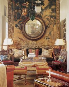 Designer Martyn Lawrence-Bullard decorated the living room of his West Hollywood house with a Flemish tapestry and a convex mirror from the Photo Tim Street-Porter, Elle Decor Feb 2003 Luxury Interior, Luxury Furniture, Interior And Exterior, Mirror Inspiration, Interior Inspiration, Interior Ideas, Chinoiserie, Spiegel Design, Interior Decorating