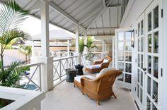 Villa Chintamani is a 5 bedroom luxury clifftop villa overlooking the Indian Ocean at The Ungasan Clifftop Resort in the Bukit, Bali. Bali Luxury Villas, Travertine Floors, Resort Villa, Inside Outside, Plantation Homes, Beautiful Villas, British Colonial, Tropical Houses, Luxurious Bedrooms
