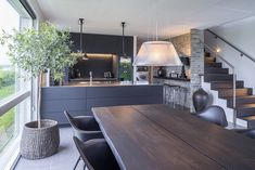 Black and bespoke ✔️ Designed by Dorte Brandt, Multiform Herning. - New decoration ideas - Black and bespoke ✔️ Designed by Dorte Brandt, Multiform Herning. Kitchen Living, New Kitchen, Kitchen Decor, Living Rooms, Kitchen Ideas, Küchen Design, Design Case, Design Ideas, Black Kitchens
