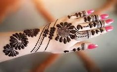 Jewelry Mehndi Designs 2020 is also fairly fresh. This would not always mean a complete hands of mehndi. Jewelry mehndi designs are used to replace hand and hand jewelry. Mehandi Designs, Karva Chauth Mehndi Designs, Cool Henna Designs, Back Hand Mehndi Designs, Stylish Mehndi Designs, Bridal Henna Designs, Latest Mehndi Designs, Tattoo Designs, Rangoli Designs