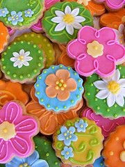 Easter cookies. Would be cute in pastels