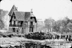 Troupes canadiennes de la 3 CA ID debarquant  à Bernières-sur-Mer le 6 juin 44.