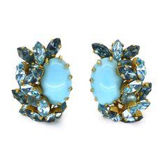 VINTAGE 1950S AUSTRIAN BLUE GLASS RHINESTONE CLUSTER CLIP EARRINGS | Clarice Jewellery