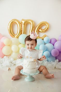 Capture the best moments with our newborn sessions. Smash Cake First Birthday, First Birthday Party Themes, Baby Girl First Birthday, Birthday Cake Girls, 16th Birthday Decorations, Rainbow Party Decorations, Twin Cake Smash, Birthday Girl Pictures, 1st Birthday Photoshoot
