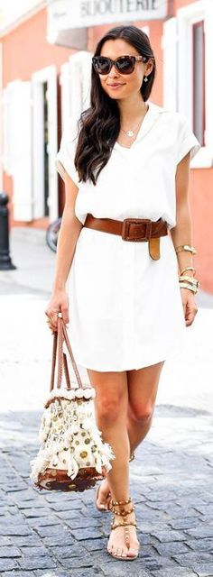 Street style | Simple white dress, brown belt and sandals