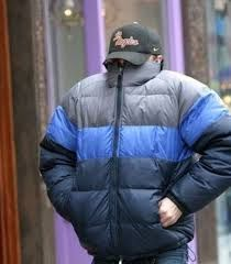 current emotion: leonardo dicaprio hiding from paparazzi in giant parka