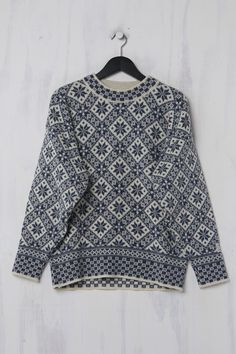Second Hand Norweger Pullover, Dale of Norway Trends, Two Hands, Norway, Blouse, Sweaters, Tops, Women, Fashion, Nice Asses