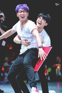 double b ikon hanbin and bobby Kim Hanbin Ikon, Ikon Kpop, Chanwoo Ikon, Yg Ikon, Yg Entertainment, K Pop, Ikon Member, Warner Music, Winner Ikon