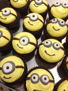 #minion #cupcakes! Just arrived!