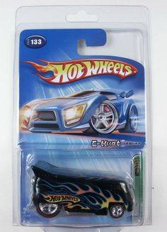 Hot Wheels 13th Treasure Hunt Drag Bus VW Mystery with Real Riders -**RARE**