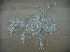 Couture beading.com. Elegant Pearl Embroidery, Tambour Embroidery, Couture Embroidery, Hand Embroidery, Embroidery Designs, Couture Beading, Fabric Stiffener, Fabric Beads, Tambour Beading