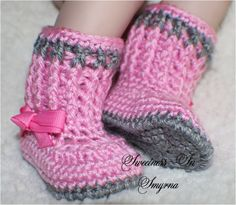 Baby Booties / Baby Shoes / Baby Girl Boots / by SweetnessInSmyrna