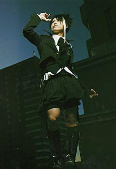 Miyavi, The Gazette, Japanese Men, Visual Kei, Androgynous, Kai, Teen, Poses, Pure Products
