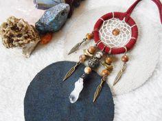 Collier Dreamcatcher bordeau et bronze sur Etsy, 22,50€