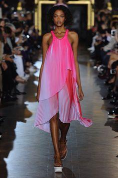 Stella McCartney spring/summer 2016 women's wear.