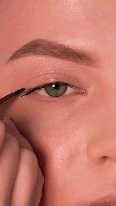 Asian Eye Makeup, Edgy Makeup, Cute Makeup, Eyebrow Makeup, Makeup Inspo, Makeup Art, Makeup Inspiration, Makeup Tips, Beauty Makeup