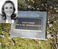 Former wife of actor Jack Klugman and long time panelist on game show Match Game in the and early Cemetery Angels, Cemetery Art, Brett Somers, Famous Tombstones, Cemetery Headstones, Spooky Places, Famous Graves, Celebrity Deaths, Six Feet Under