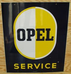 Service sign for Opel.